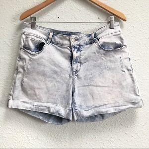 Apt. 9 Acid Wash Cuffed Hem Jean Shorts Size 14